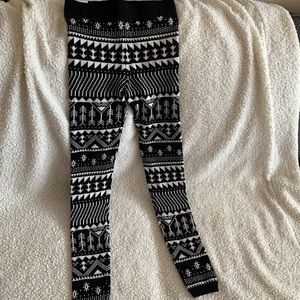 SO brand women's cotton/poly knit leggings. 2 pr